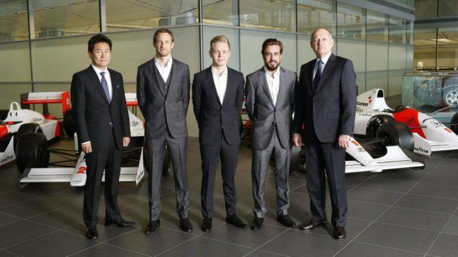 Fernando Alonso el único superviviente a la maldición de la foto de McLaren-Honda