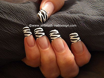 Airbrush french motive with zebra