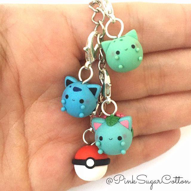 Hi everyone! So today I have my first full evolution chubbymon set: Bulbasaur, Ivysaur and Venusaur! I will try to make as many as I can from the first 150 pokemon, so wish me luck! These little guys are in a keychain, and I already add it to my bag and looks so cute!!  What do you guys think, do you like them? ❤️ #handmade #pokemon #chubbymon #chubbymons #bulbasaur #ivysaur #venusaur #kawaii #cute #keychain #pokemonkeychain #pinksugarcotton #pokesphere #pokemonclay #pokemongo #polymercl...