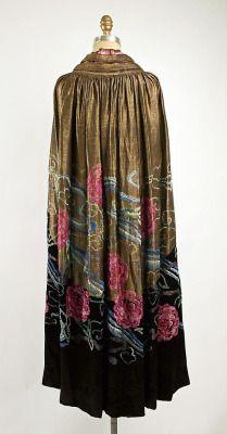 fawnvelveteen:  Evening cape  Date:ca. 1920