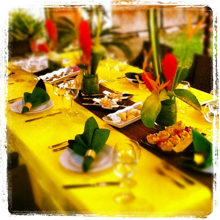 Superior Caribbean Christmas Party Ideas Part - 7: Tropical Tablescape · Retirement Party ThemesCaribbean PartyTropical  ChristmasTropical StyleTropical WeddingsEvent IdeasTablescapesRegretsCosta  Rica