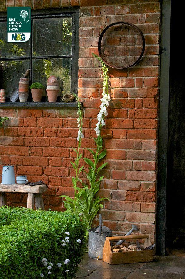 RHS Chelsea Flower Show - Artisan Garden -The Topiarist Garden at West Green House Zenith44 Marylyn Abbott