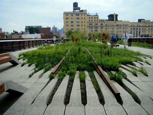 old railway tracks tranfsormed into a park