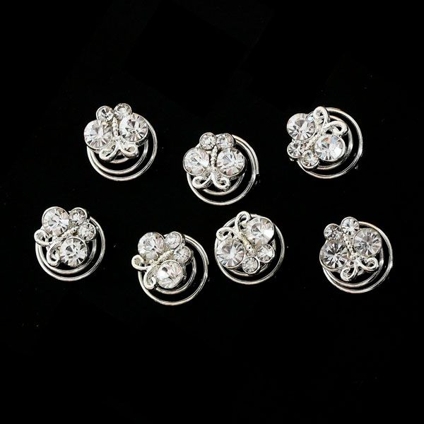 Deze prachtige curlies zijn voorzien van een prachtige vlinder gezet met strass steentjes. € 12,95