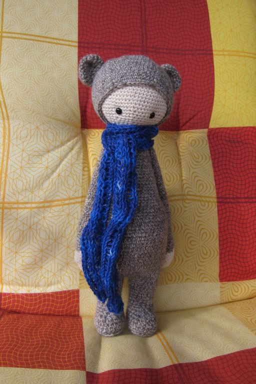 BINA the bear made by Marion S. / crochet pattern by lalylala