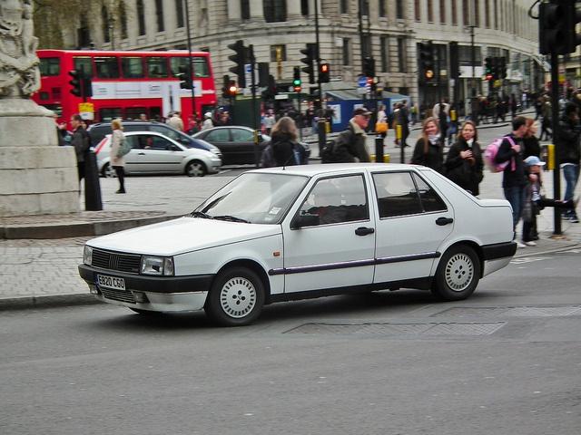 1988 Fiat Croma CHT 2.0L     Công ty Viettel IDC. Trụ sở chính. Địa chỉ: Tầng 5 nhà CIT, đường Duy Tân, phường Dịch Vọng Hậu, quận Cầu Giấy, Hà Nội