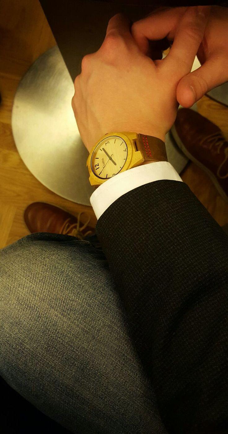 Vähän parempaa päälle :) #kaarnakellot #puinen #kello