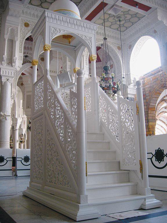 mimbar masjid jepara, mimbar masjid ukiran jepara, mimbar podium