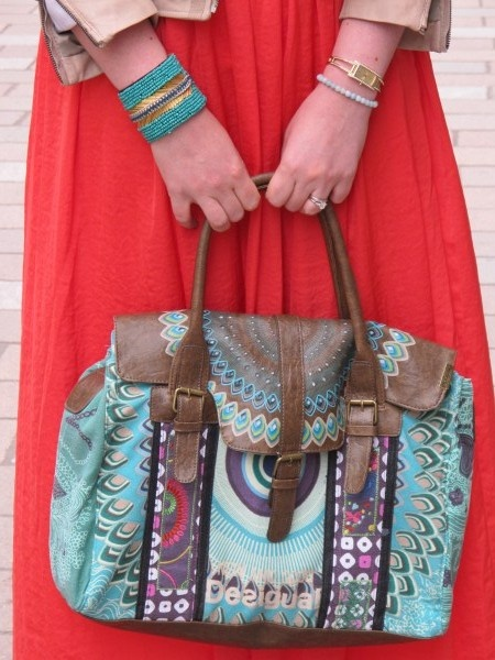 The Olive Dragonfly: Desigual Bag, coral maxi