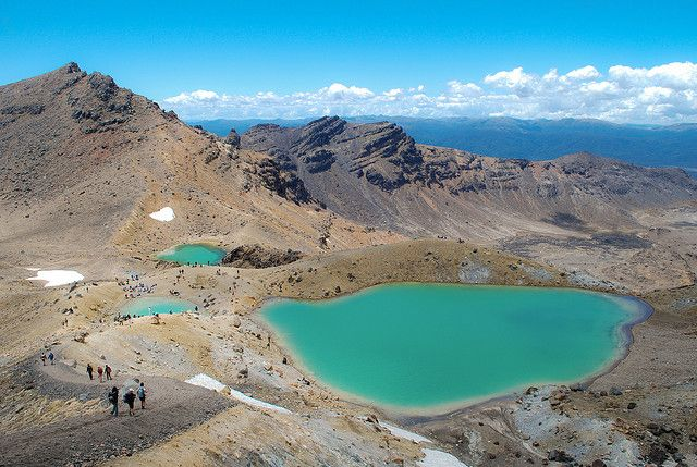 世界遺産 エメラルド湖 トンガリロ国立公園 ニュージーランド