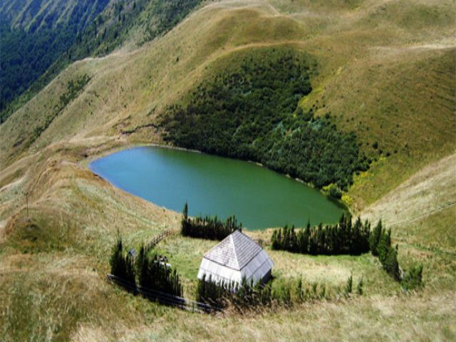Lacul fara fund, Romania
