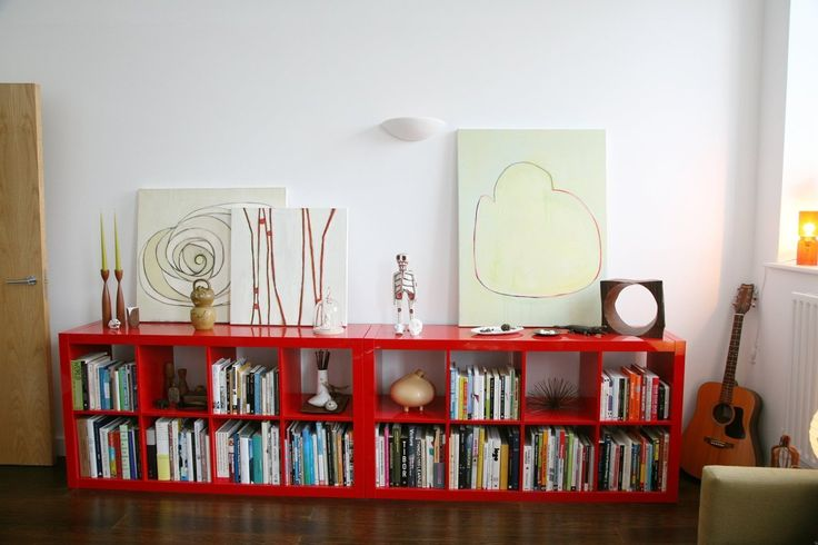 Goo idea for when you can not hang art on the walls - Robb and Jamie's Schoolhouse Flat