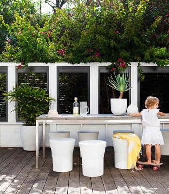 Walled garden room. Coastal Style: 1950's Australian Beach Shack