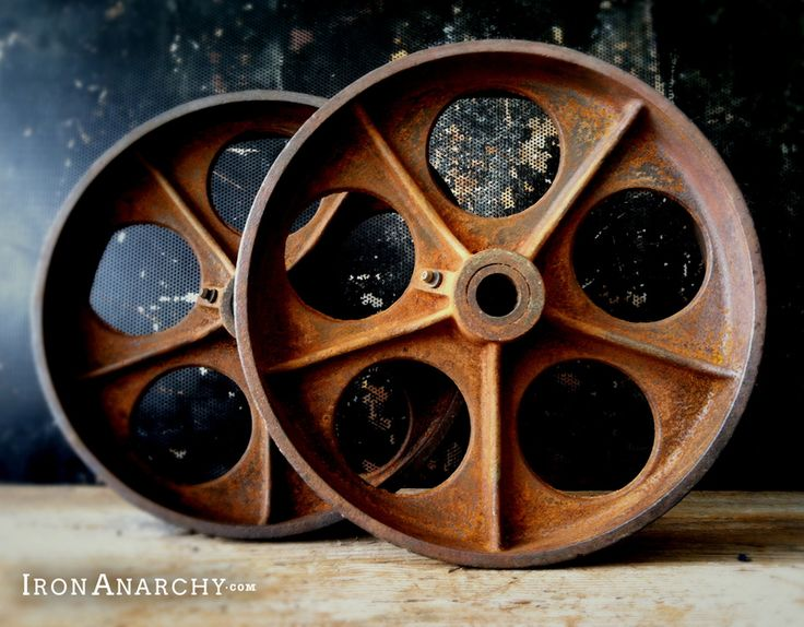 Antique Lineberry Factory Cart casters for an industrial pallet coffee table. From IronAnarchy.com