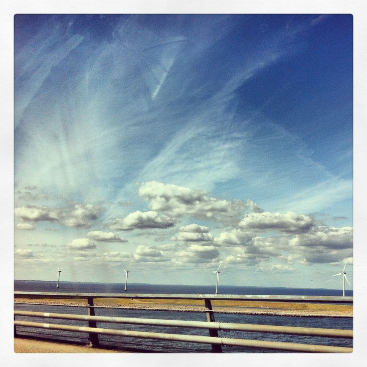Danmark... On the road! Picture made on our way back home... By Ati van Twillert