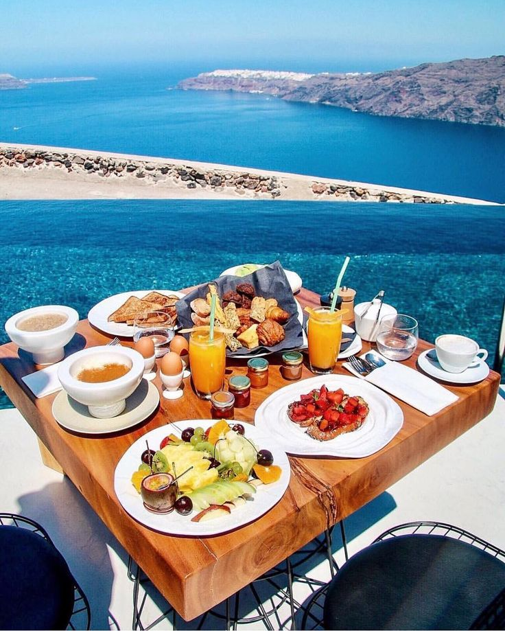Bonjour & Bon Appetit !!!  #bonjour #bonappetit #kalimera #goodmorning #beautiful #view #breakfast #greece #yummy #foodporn #foody #coffee #eggs #delicious