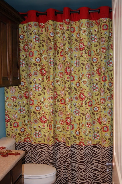 shower curtain - like the tiered idea