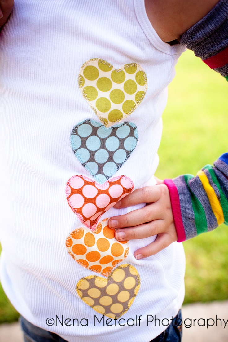 Polka dot heart appliqué. This Is what we should do for the girls' valentine shirts this yr. Cute but age appropriate.