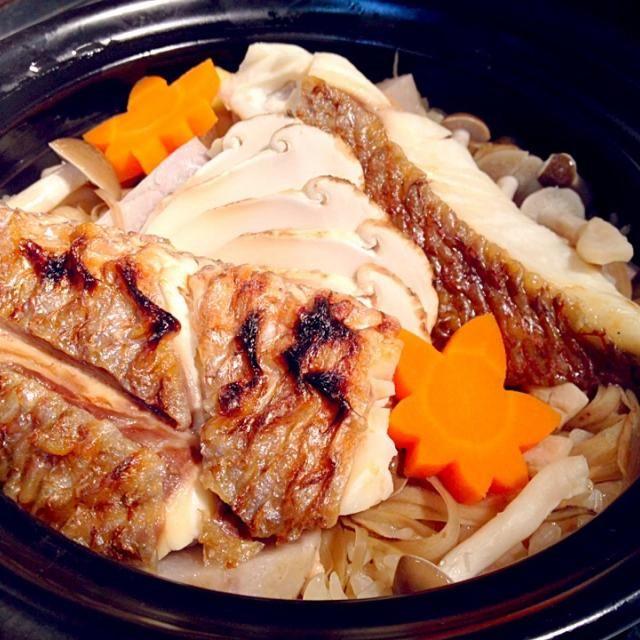 東松島の木村さんが育てたかぐや姫で土鍋ご飯 - 32件のもぐもぐ - 鯛松茸土鍋ご飯 by okonn1109