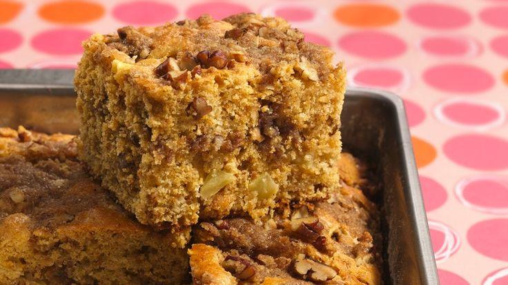 Apple-Pecan Coffee Cake.....Mmm! Warm fiber-rich apple coffee cake boasts a crunchy streusel topping.