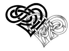 Interlocking celtic hearts. This would make an amazing quilt!