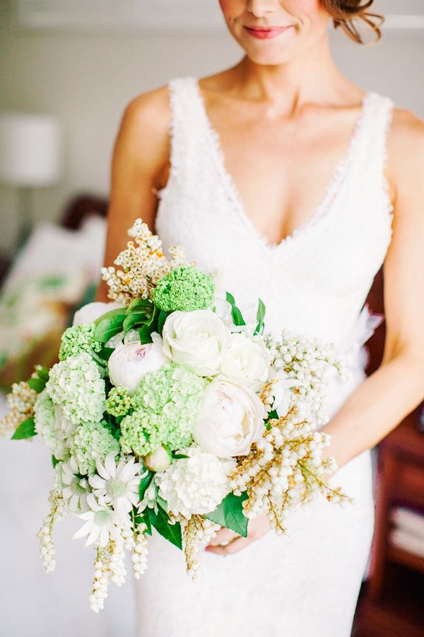 Best Wedding Flowers Perth : Best ideas about flower bouquettes on