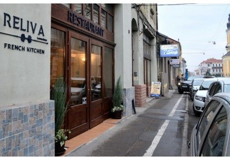 Deschis în luna septembrie pe strada Traian Moşoiu nr. 5 (vizavi de Biserica cu Lună), ca o afacere de familie a unui cuplu de orădeni cu experienţă de 15 ani în gastronomia franceză, Restaurantul Reliva invită orădenii să se bucure de deliciile preparatelor sănătoase, gustoase, cu ingredientele cele mai fine şi mai proaspete, la preţuri mai mult decât accesibile.Reliva propune meniuri sofisticate, ale căror componente – inclusiv sosurile – sunt pregătite integral în propria bucătărie.