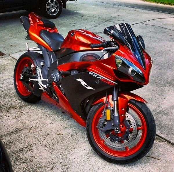 Yamaha R1 . Follow me for more gorgeous R1 pics. https://teespring.com/premium-motorcycle-tshirt
