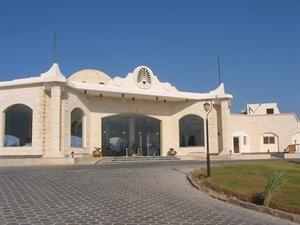 Egypte Rode Zee Marsa Alam  Algemene beschrijving: Royal Brayka Beach Resort in South Airport RMF heeft 321 kamers verdeeld over 3 verdiepingen. Het hotel ligt 100 m van het zand/kiezelstrand. De dichtstbijzijnde stad...  EUR 470.00  Meer informatie  #vakantie http://vakantienaar.eu - http://facebook.com/vakantienaar.eu - https://start.me/p/VRobeo/vakantie-pagina