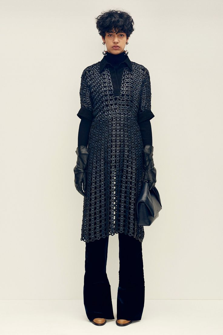 J.W. Anderson - Pre-Fall 2015 - Look 15 of 26