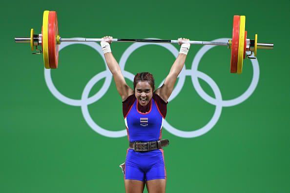 Sopita Tanasan | Sopita Tanasan Wins First Gold Metal for Thailand at Rio Olympics tyngdlyftning 48 kg sammalagt 200 kg