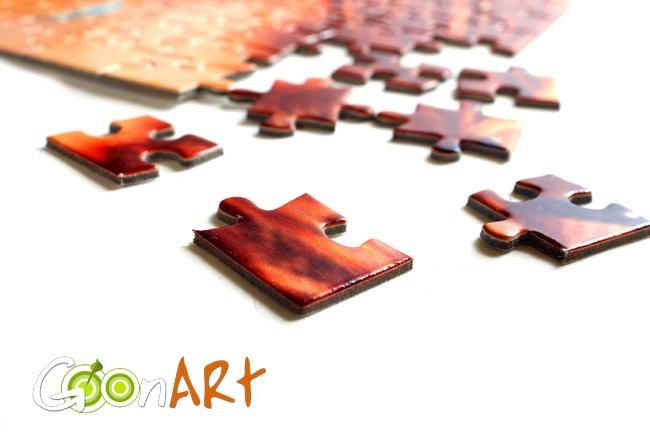 Molto più di un passatempo. I puzzle personalizzati di Goonart.it, grazie ai numerosi formati disponibili, trasformeranno i tuoi ricordi in un colorato momento di condivisione per tutta la famiglia. Scopri tutte le grafiche disponibili per questo prodotto!
