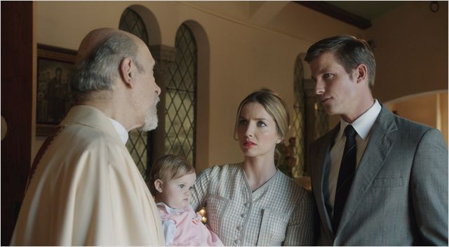 Annabelle : Photo Annabelle Wallis, Tony Amendola, Ward Horton
