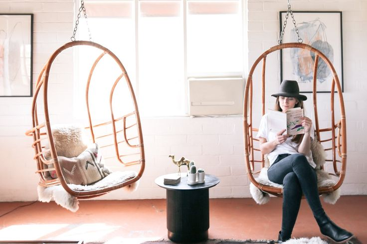 Hanging Out in Style: The Best Hanging Chairs — Annual Guide 2017