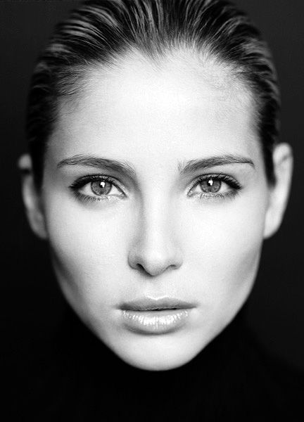 elsa pataky - Arien; was a Maia who guided the Sun