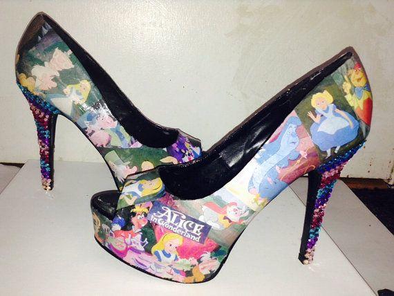 Alice im Wunderland-Schuhe nach Maß