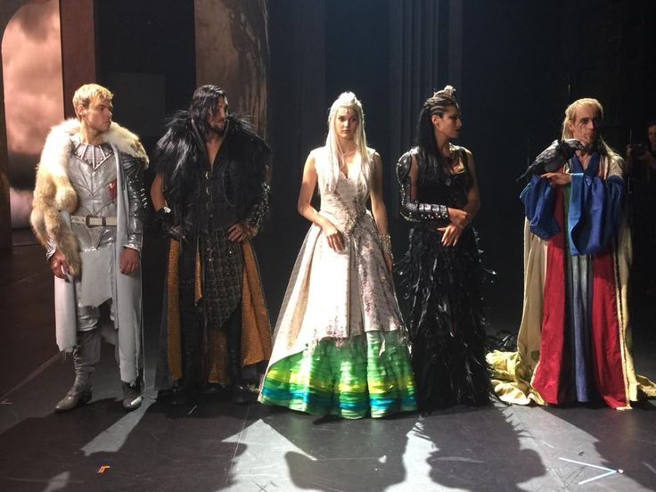 La légende du roi Arthur , comédie musicale , nouveau clip , auprès d'un autre