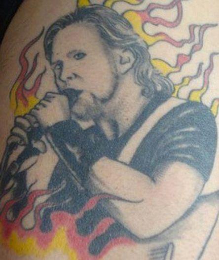 Horrible Tattoo (176) - http://www.dravenstales.ch/horrible-tattoo-176/