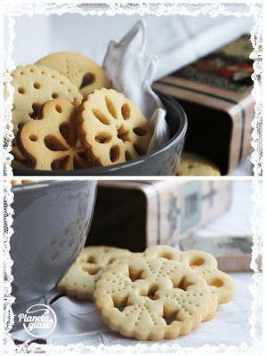 Planeta Glasé: Doily biscuits