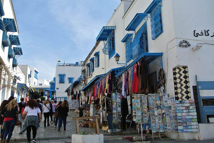 Sidi-Bou-Said-calle-tiendas-Túnez-Hanway-blog-viajes.jpg (1291×864)