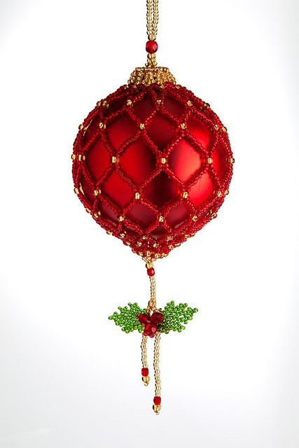grão ornaments | Flickr - Photo Sharing! - great idea for netted ornament dangle