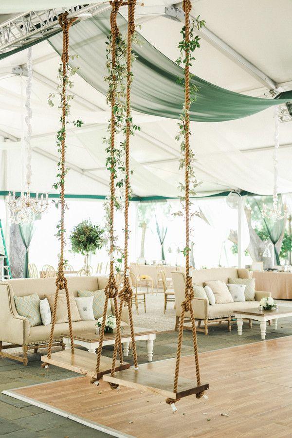 Nicole und Ben – Luxuriöse Hochzeit im opulent geschmückten Zelt