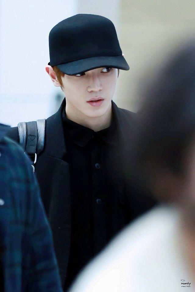 160211 Smrookies Taeyong at ICN Airport - BKK Intl