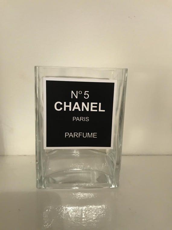 Atemberaubende Chanel Stil inspiriert Vase / Make-up