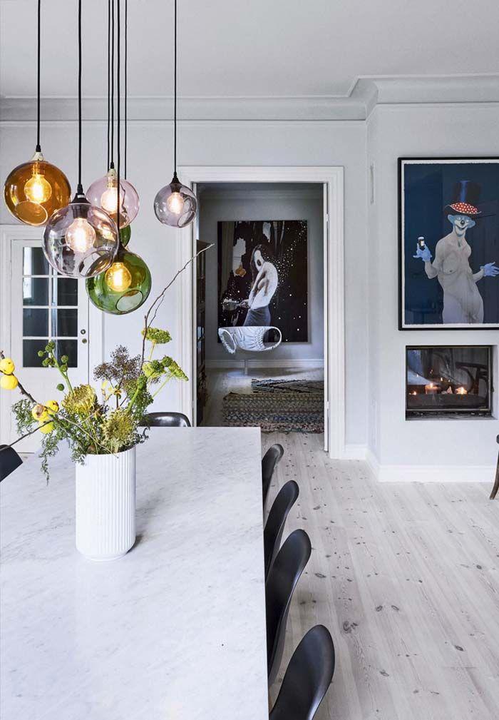 Koti Tanskassa - A Home in Denmark Tästä kodista löytyy paljon mielenkiintoisia yksityiskohtia. Lähde/Source: Bolig Magasinet ...