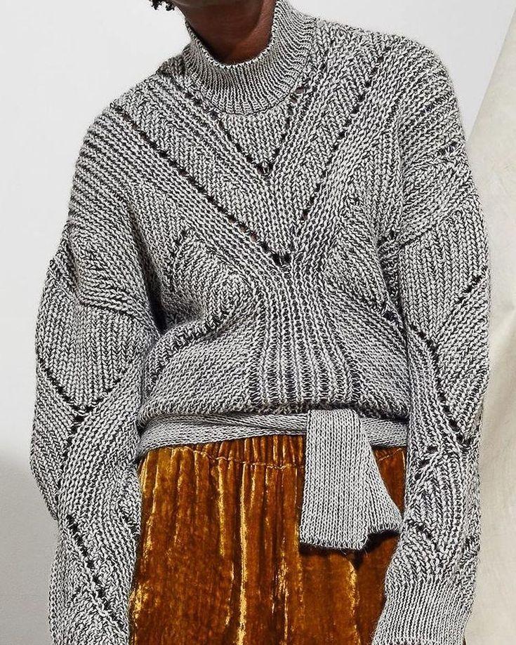 Laura Siegel #knit #knitted #knitting #knitting_inspire #knitting_is_love #sweater #pullover #cardigan #вязание #вязанаямода #вязаныйстиль #модноевязание #стильноевязание #вяжутнетолькобабушки #knitwear
