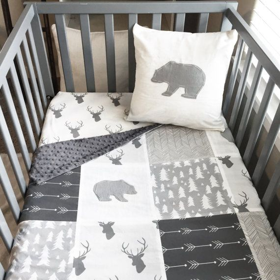 *This item ships 5-6 weeks from date of purchase*  Pricing Info: SleepingLake.com  *** Please carefully read the shop policies before placing an order***   I just adore these prints for a woodland nursery! Squares featuring gray and white arrows, gray and white stags with antlers, gray and white trees and gray and cream herringbone create a rustic woodland theme with a refreshing modern feel. Although, my favorite part of the blanket are the hand cut and hand stitched felt bears. The back is…
