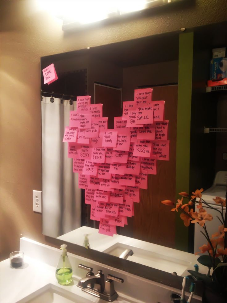 DIY Valentine's Day love sticky notes in a heart shape! Great FREE idea for your man!