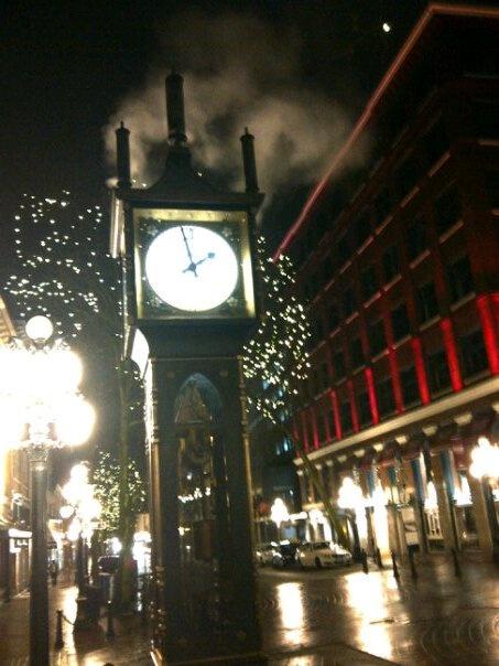 Vancouver - (Steam Clock in Gastown)