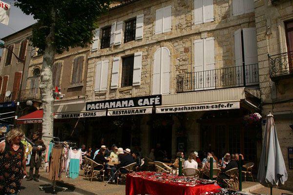 The place to be ! Le Pachamama, un #Café incontournable à Vic-Fezensac ...  #Gers #TourismeGers #Bar #Bars #Sortie #Sortir #Fête
